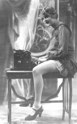 underwood_legs_1910s.jpg